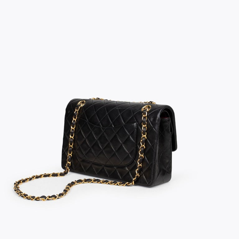 Chanel Medium Classic Double Flap Bag In Good Condition In Sundbyberg, SE