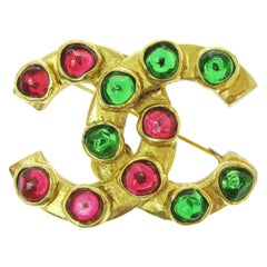 Chanel Metal Gold Gripoix Red Green Holiday CC Charm Evening Lapel Pin Brooch