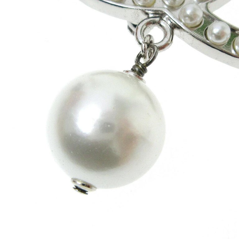 Metal Faux pearl Pin closure Made in France Measures 1.5