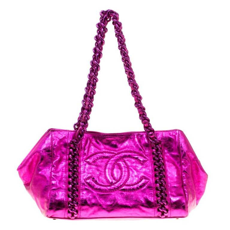 d3bddbc09c34 Chanel Metallic Pink Leather Modern Chain East West Tote at 1stdibs
