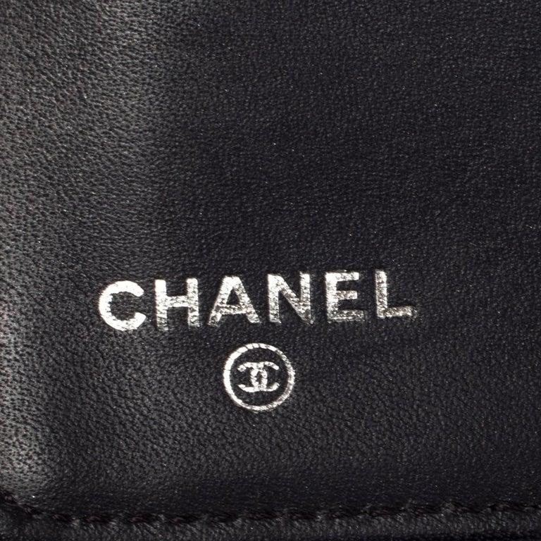 Chanel Metallic Purple Leather CC Bifold Wallet For Sale 5