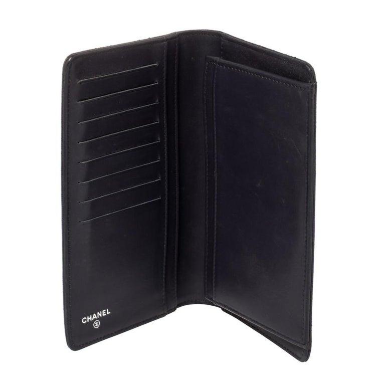 Chanel Metallic Purple Leather CC Bifold Wallet For Sale 4