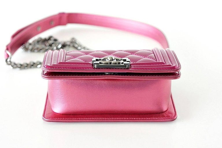 b4c12e1c28450e Chanel Mini Boy Metallic Patent Fuchsia Crossbody Bag For Sale 2