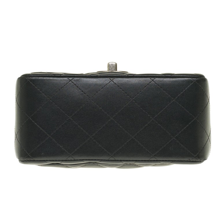 Chanel Mini square handbag in black quilted leather, Silver hardware For Sale 4