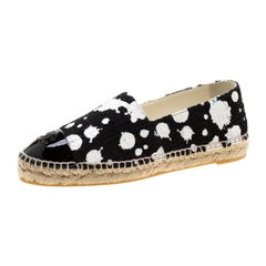 Chanel Monochorome Tweed And Patent Leather CC Cap Toe Espadrilles Size 40