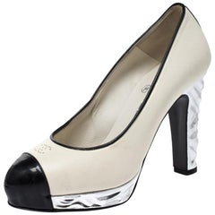 Chanel Monochrome Leather CC Cap Toe Platform Pumps Size 35