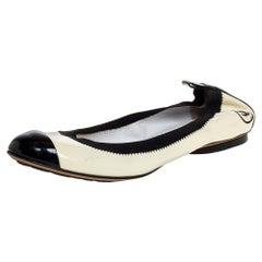 Chanel Monochrome Patent Leather CC Scrunch Ballet Flats Size 39