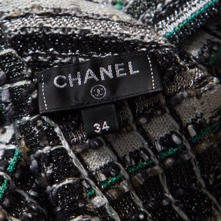 Chanel Monochrome Silk Blend Crystal Embellished Plunge Back Tweed Blazer S For Sale 3