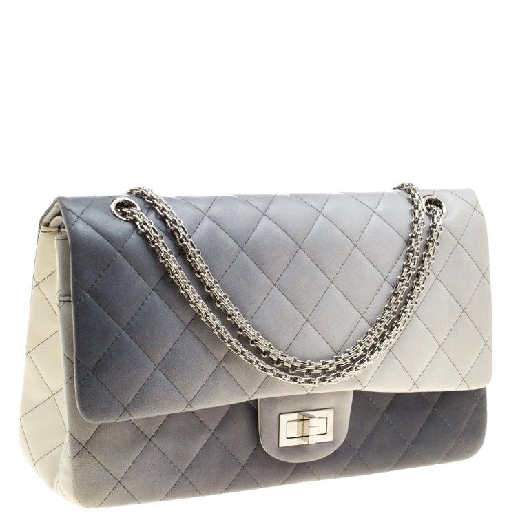 8059a70fc844a Chanel Mehrfarbiges Gestepptes Leder Reissue 2.55 Klassisch 227 Tasche mit  Umschlag 4