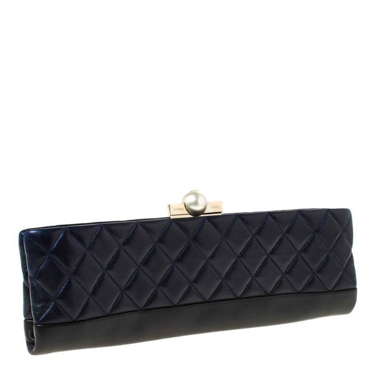 Chanel Navy Blue/Black Quilted Leather Baguette Minaudiere Clutch For Sale 6