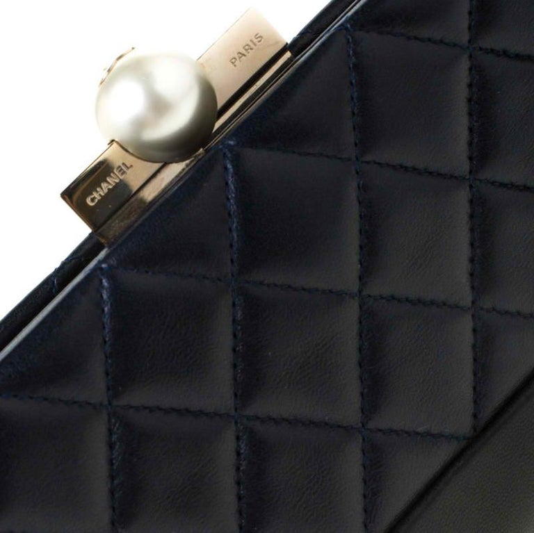 Chanel Navy Blue/Black Quilted Leather Baguette Minaudiere Clutch For Sale 4