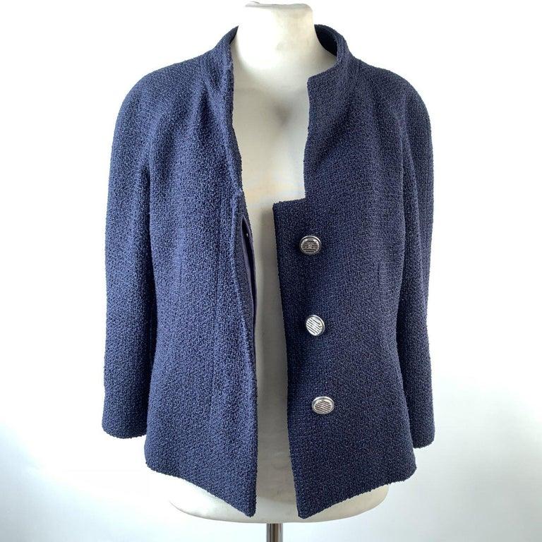 Chanel Navy Blue Bouclé Round Neck Blazer Jacket Size 34 For Sale 1