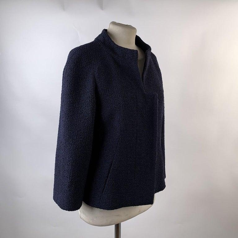 Chanel Navy Blue Bouclé Round Neck Blazer Jacket Size 34 For Sale 2