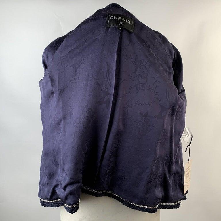 Chanel Navy Blue Bouclé Round Neck Blazer Jacket Size 34 For Sale 4
