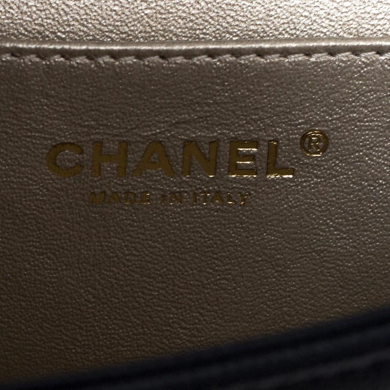 Chanel Navy Blue Caviar Leather Captain Gold Clutch 3