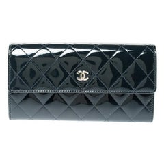 Chanel Navy Blue Quilted Patent Leather CC Gusset Flap Wallet