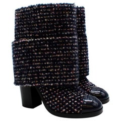 Chanel Navy & White Cashmere blend Tweed Ankle CC Boots - Size 39