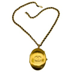 CHANEL Necklace Vintage 1990s Locket