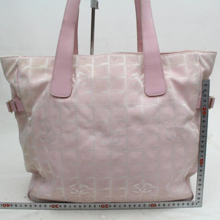 39ae6e91c263 Chanel New Line Travel Gm 868959 Pink Canvas Tote For Sale at 1stdibs