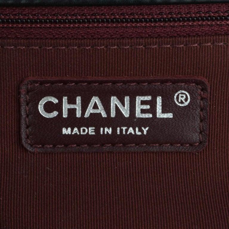 CHANEL New Medium Chevron Boy Bag Black Calfskin with Ruthenium Hardware 2014 For Sale 9