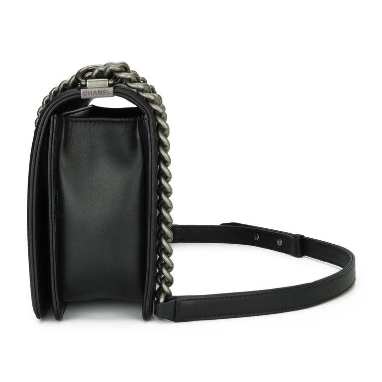 CHANEL New Medium Chevron Boy Bag Black Calfskin with Ruthenium Hardware 2014 For Sale 2