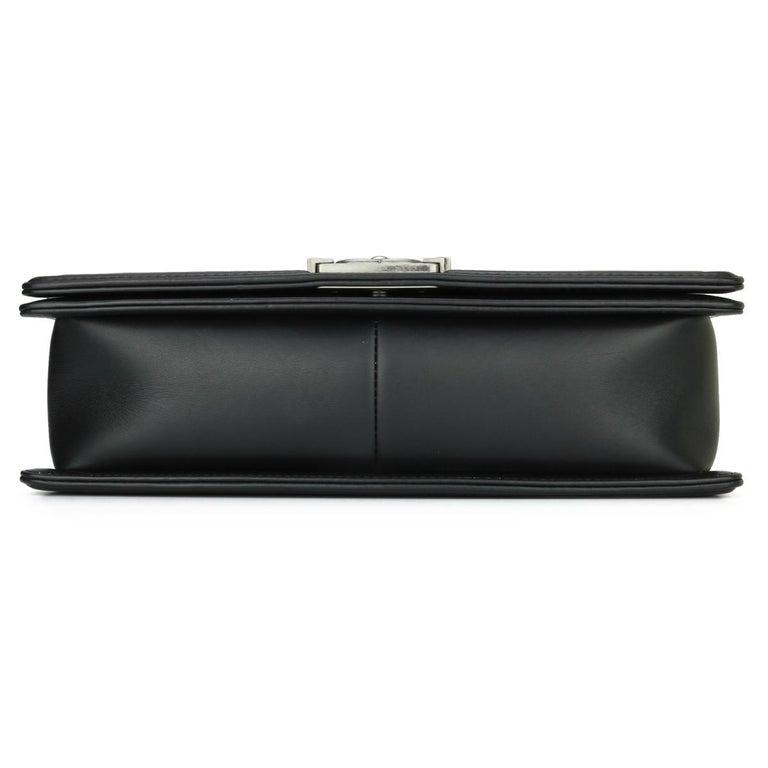 CHANEL New Medium Chevron Boy Bag Black Calfskin with Ruthenium Hardware 2014 For Sale 3