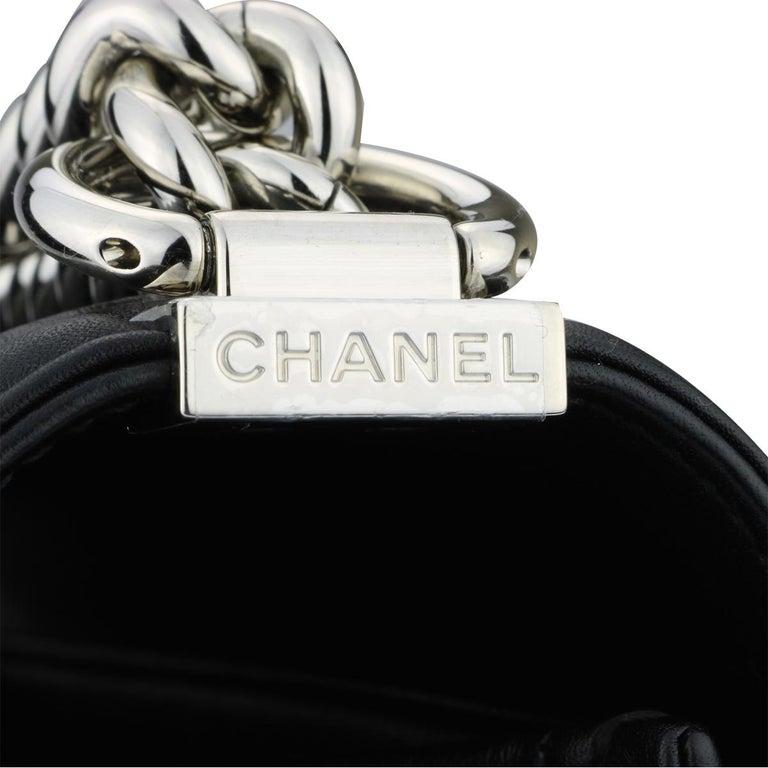 CHANEL New Medium Chevron Boy Bag Black Calfskin with Shiny Silver Hardware 2016 For Sale 2