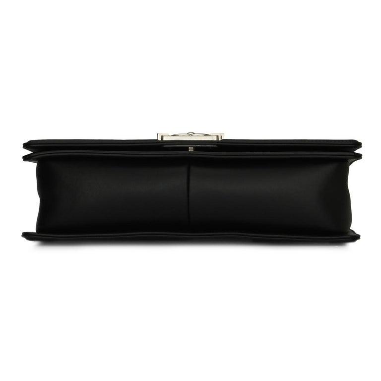 CHANEL New Medium Chevron Boy Bag Black Calfskin with Shiny Silver Hardware 2016 For Sale 4