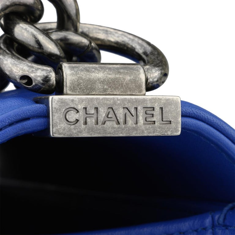 CHANEL New Medium Chevron Boy Blue Calfskin with Ruthenium Hardware 2016  For Sale 1 e28f2bd11c93a