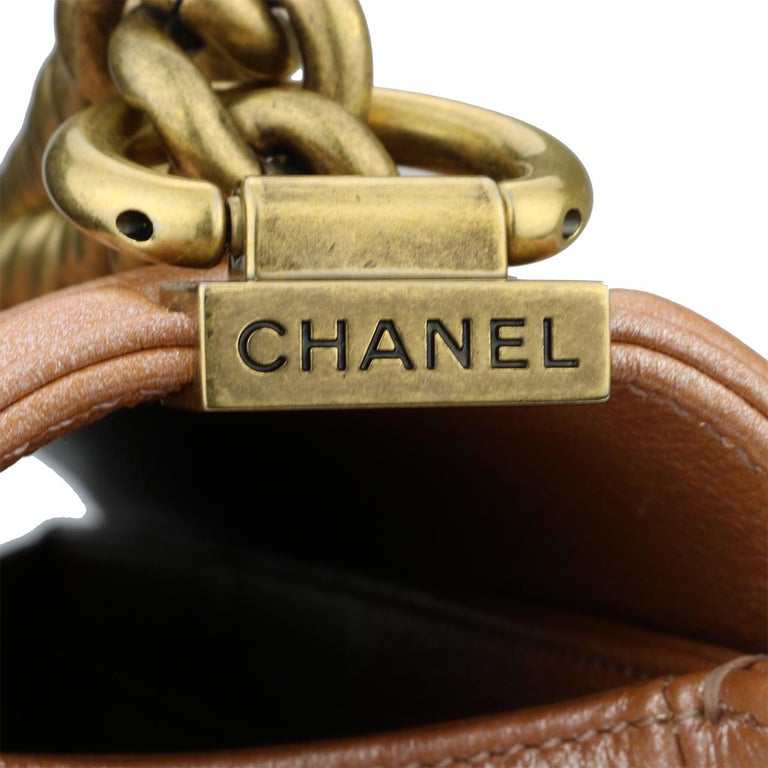 CHANEL New Medium Quilted Boy Bag Iridescent Rose Gold Calfskin with GHW 2015 For Sale 1