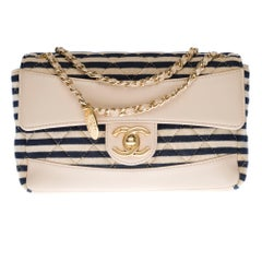 Chanel New Mini Timeless Shoulder bag in beige leather & blue navy cotton, GHW