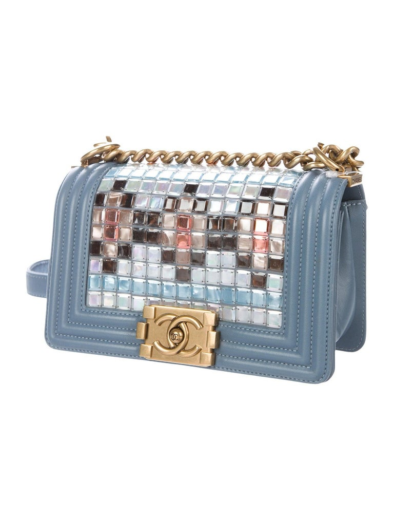 Leather Mosaic  Gold tone hardware Leather lining Push-lock closure  Made in Italy Shoulder strap drop 21