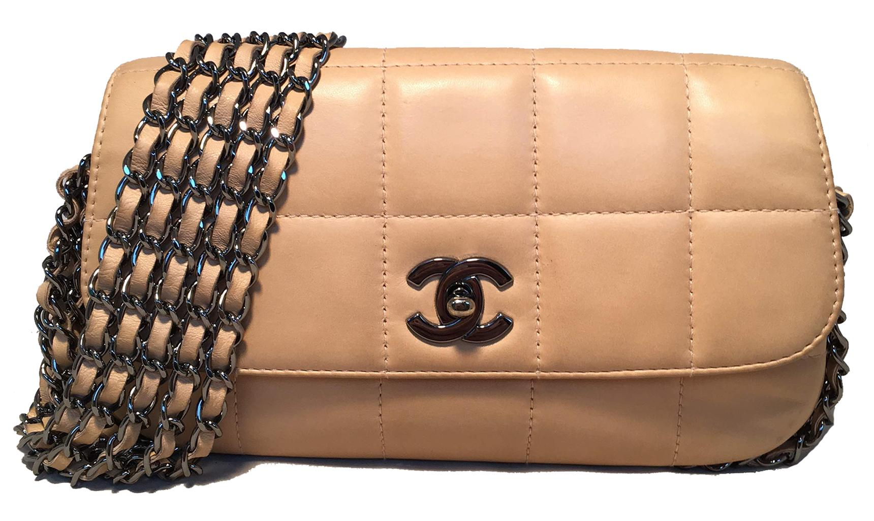 6e76d0a6c6de Vintage Chanel Purses and Handbags at 1stdibs