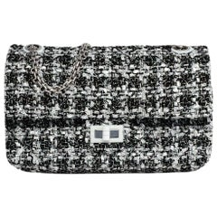 Chanel NWT 2019 Black/White Tweed 2.55 Reissue Flap Bag rt $4,400
