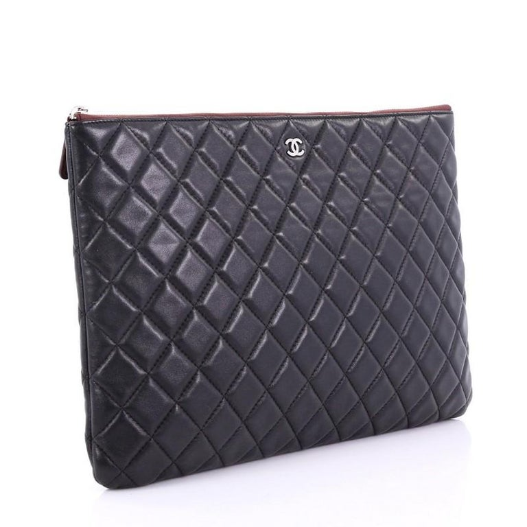 Black Chanel O Case Clutch Quilted Lambskin Large For Sale