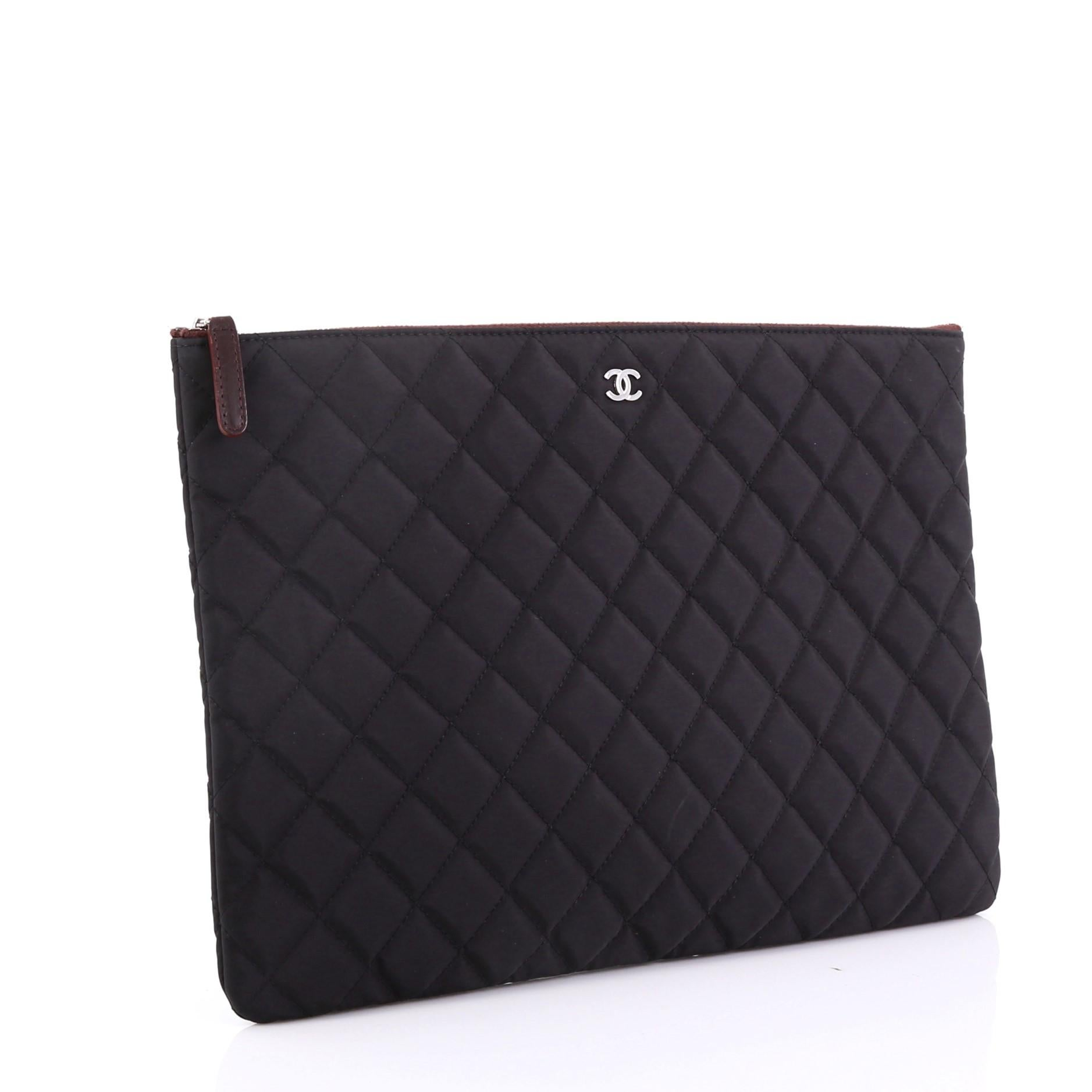 8cbd36be92c333 Chanel O Case Clutch Quilted Nylon Large at 1stdibs