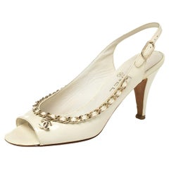 Chanel Off White Patent Leather Chain Embellishment Sandals Size 38