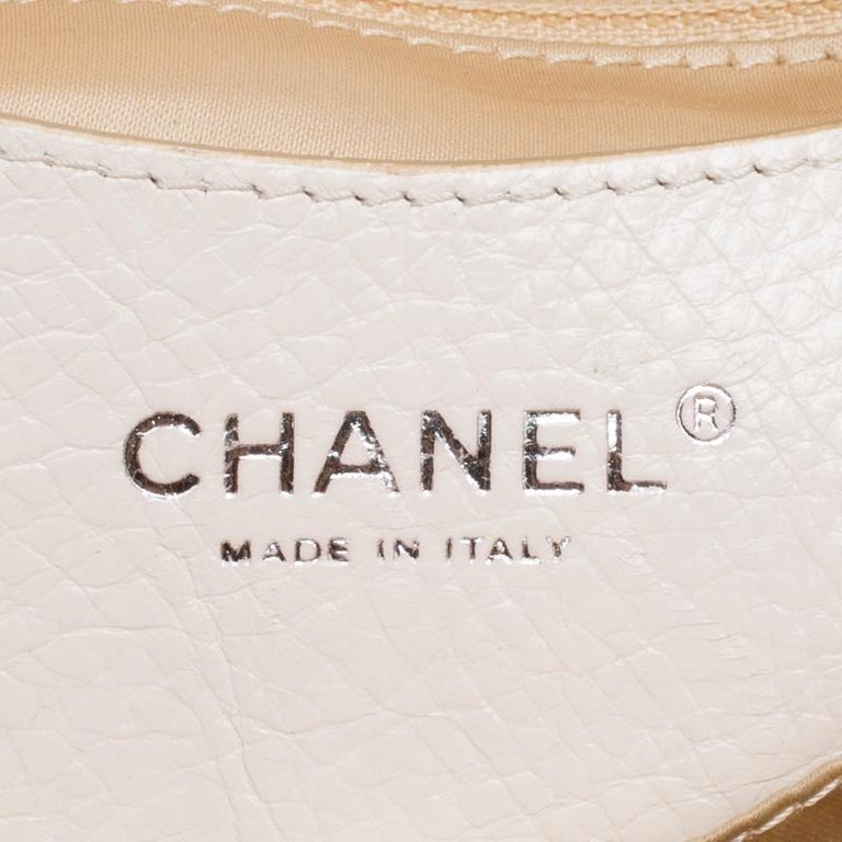 0259de8f1a31dc Chanel Off White Quilted Leather Small On the Road Flap Bag For Sale 4