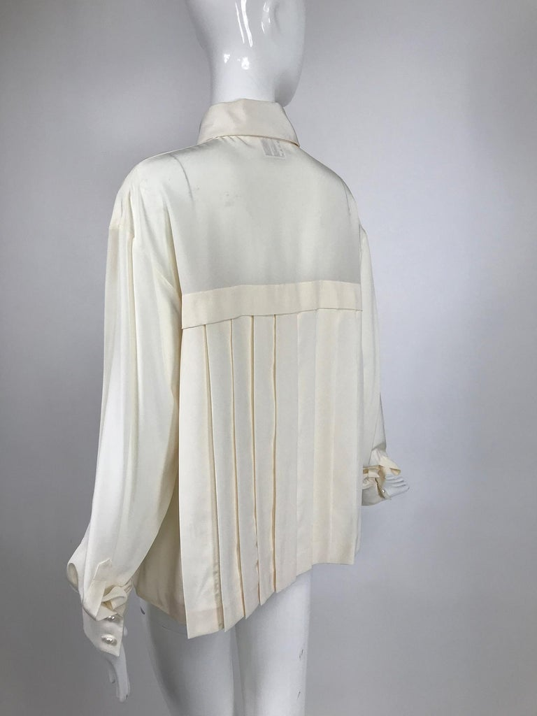 Chanel Off White Silk Pleated Long Sleeve Blouse For Sale 2