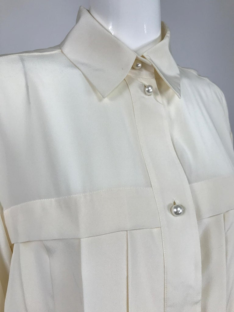 Chanel Off White Silk Pleated Long Sleeve Blouse For Sale 4