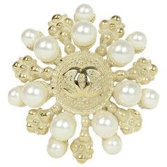 Chanel Pale Goldtone & Faux Pearl CC Brooch/Pendant