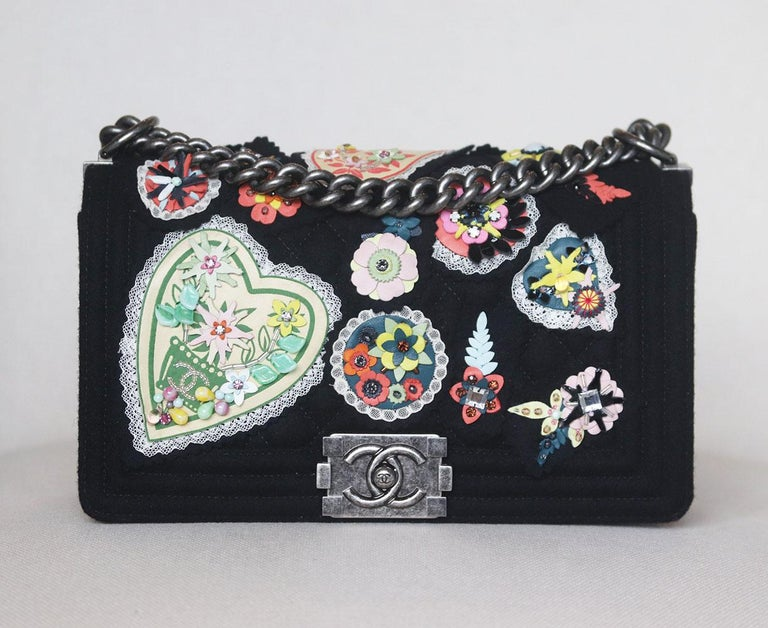 Chanel Paris-Salzburg 2015 Embroidered Quilted Felt Medium Boy Flap Bag has been hand-finished by skilled artisans in the label's workshop, it is boasting a embroidered quilted felt exterior, this design is accented with gunmetal-toned and black