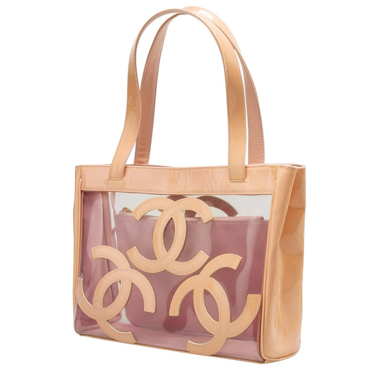 Chanel Peach PVC and Patent Leather Medium Triple CC Tote In Good Condition For Sale In Dubai, Al Qouz 2