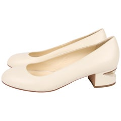 Chanel Pearl Ballerina Shoes - white