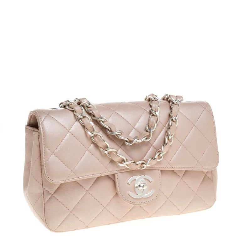 Chanel Pearl Quilted Leather Extra Mini Classic Flap Bag In Good Condition In Dubai, Al Qouz 2