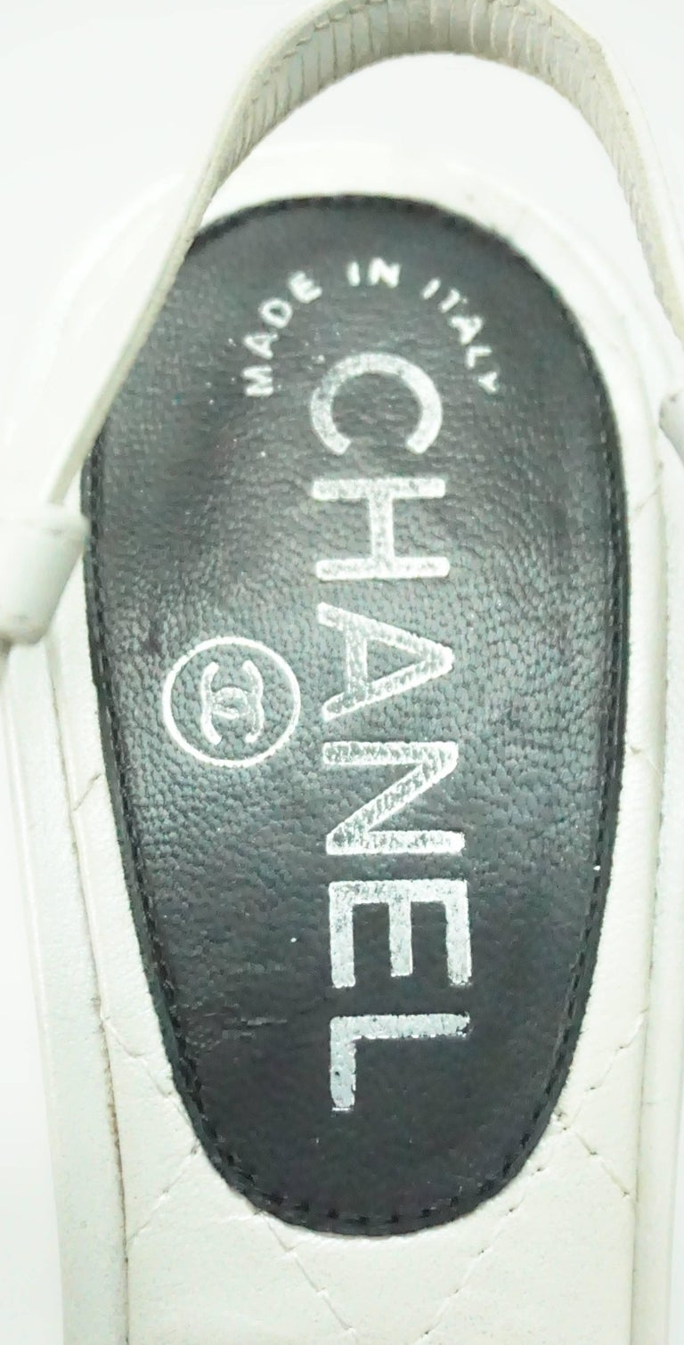 90f65915bf6 Women s or Men s Chanel Pearl White and Black Toe Slingback Platform with Pearl  Detail-36