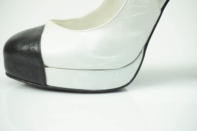 cc99347cf66 Chanel Pearl White and Black Toe Slingback Platform with Pearl Detail-36  For Sale 4