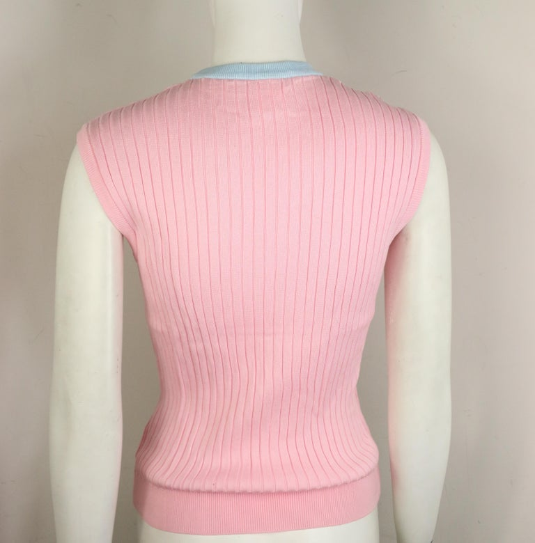 Chanel Pink and Blue Trimming Sleevesless Top In Good Condition For Sale In Sheung Wan, HK