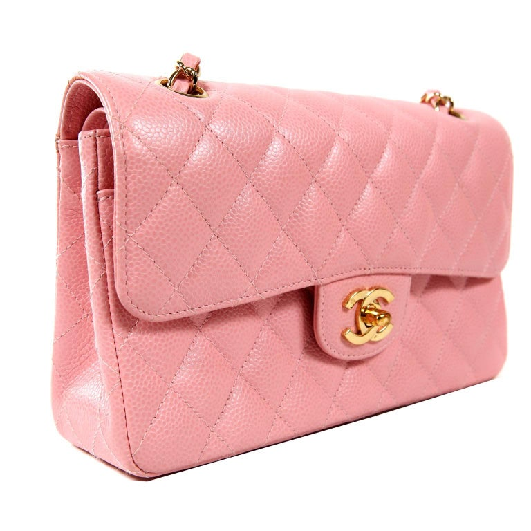Chanel Pink Caviar Medium Classic Flap Bag- Gold HW In Excellent Condition  For Sale In d15cedc537418