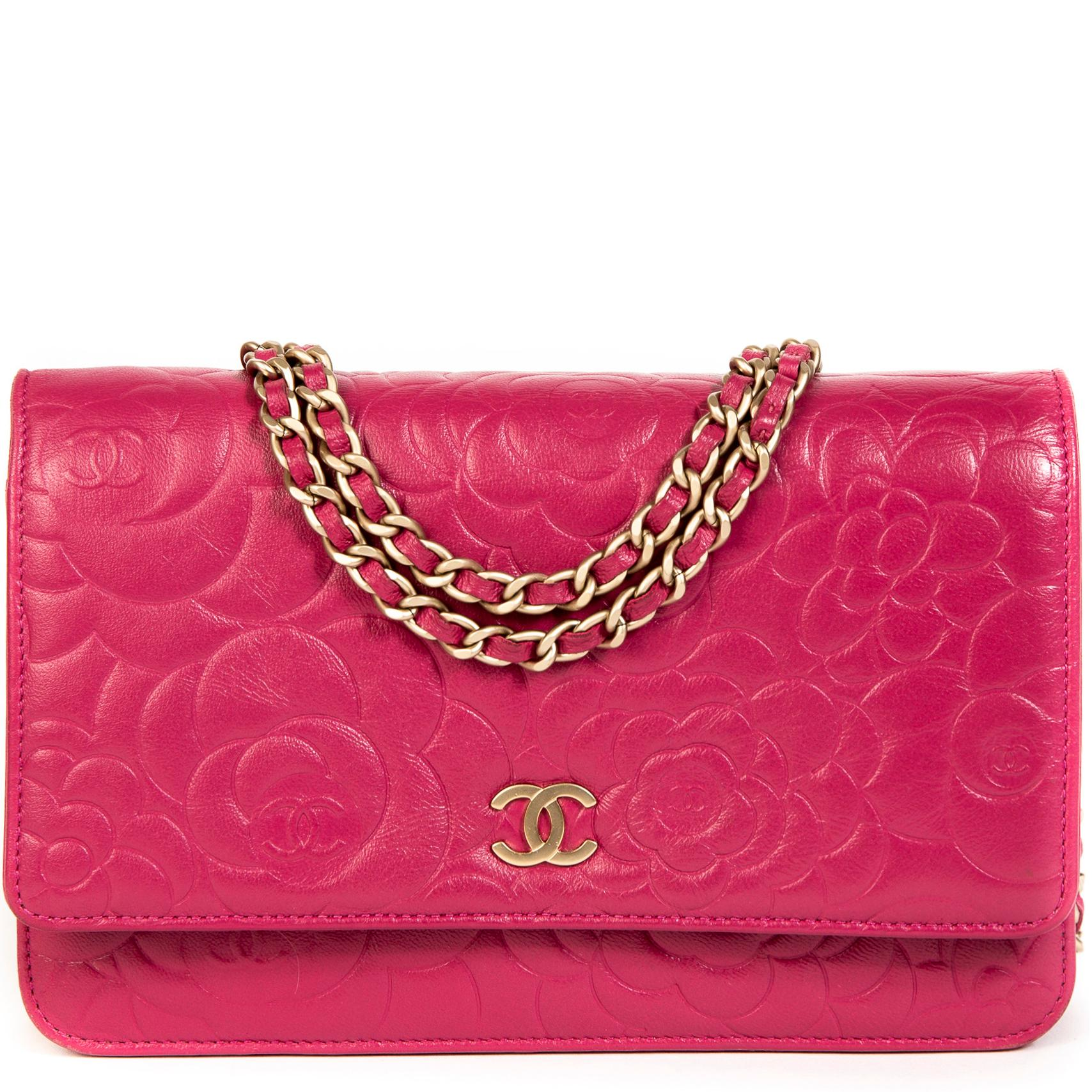 2048f873f75b9e Labellov Handbags and Purses - 1stdibs